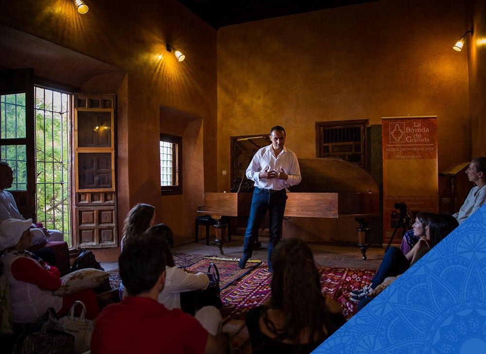 Programa el Camino Andalusí para aprender árabe de forma inmersiva en Granada, España.